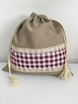 Úžitkový textil - Vrecko na chlieb z ľanového plátna s bavlnenou krajkou a farebným vzorom - 11868712_