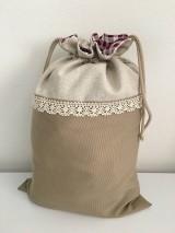 Úžitkový textil - Podšité ľanové vrecko s bavlnenou krajkou - 11868874_