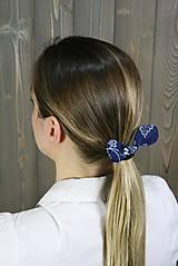 Ozdoby do vlasov - modrotlačová gumička lístočky 1 - 11868175_