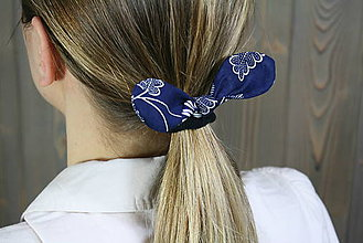 Ozdoby do vlasov - modrotlačová gumička lístočky 1 - 11868176_