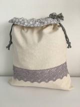 Úžitkový textil - Podšité ľanové vrecko s bavlnenou krajkou - 11873942_