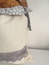 Úžitkový textil - Podšité ľanové vrecko s bavlnenou krajkou - 11873964_