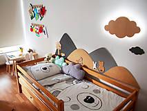 Detské doplnky - Drevená zástena za posteľ kopce, šírka 210cm - 11881987_
