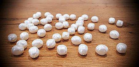 Korálky - Perly - 14x11,5 mm - Biele - 11891706_