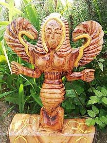 Socha - Včelia bohyňa - 11892236_