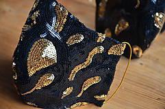 Rúška - Rúško na tvár TAJOMSTVO NOCI  (spodná časť 19 cm, horná časť 22 cm, nos - brada 15 cm - Čierna) - 11895312_