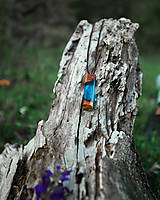 Náhrdelníky - Lesný amulet / prívesok z dreva a živice - 11896067_