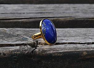 Prstene - Prsteň Lapis Lazuli z pozláteného striebra - 11893019_