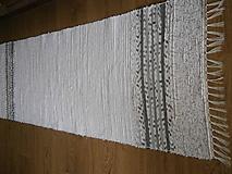 Úžitkový textil - tkany koberec bielosedy - 11898829_