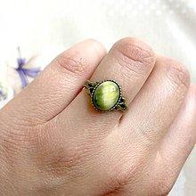 Prstene - Simple Bronze Green Tiger Eye Ring / Jemný bronzový prsteň so zeleným tigrím okom - 11901668_