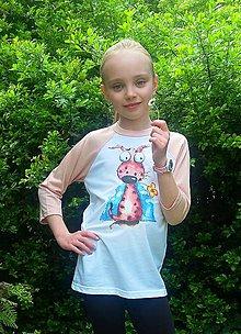 Detské oblečenie - Detské tričko s 3/4 raglánovými rukávmi - pes s kvetinou - 11898633_