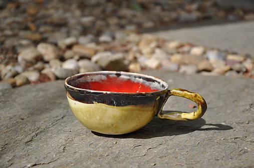 šálka červeno zelená SA5