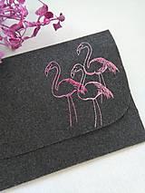 Na notebook - Plameniaky (ručne vyšívaný obal na notebook/tablet) - 11903181_