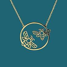Náhrdelníky - Náhrdelník včela kruh - chirurg. oceľ/pozlatené - 11902594_