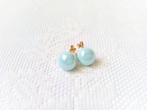 Nebesky modré perlové náušnice - klipsne