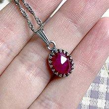 Náhrdelníky - Natural Ruby Pendant Silver AG925 / Strieborný prívesok s brúseným rubínom /1330 - 11908029_
