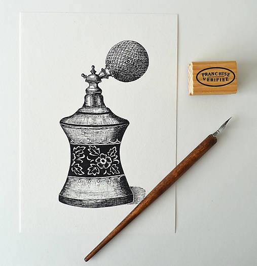Parfémový flakón