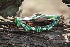 Náramky - Náramok lístočky zelené - 11910268_