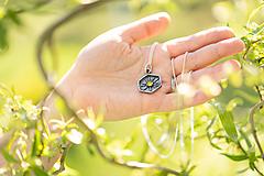 Sady šperkov - MEDUŠKA (Zlaté slnko / prívesok) - 11908772_