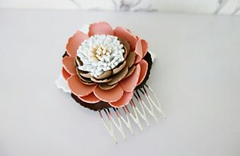 Ozdoby do vlasov - Hrebienok do vlasov Hnedý kvet - 11908288_
