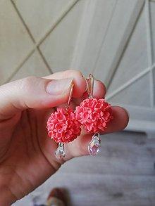 Náušnice - Kvetinové náušnice v plameniakovej  farbe - 11912392_