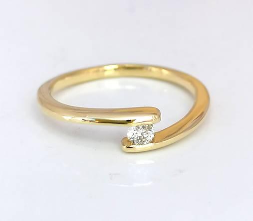 Prstene - Diamantový prsteň 0,11 ct - 11915647_