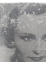 Fotografie - betón fotka - efekt starej fotografie Hana Vitová (cca A4) - 11917837_