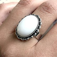 Prstene - White Jade & Vintage Lace Ring / Prsteň s bielym jadeitom starostrieborné prevedenie - 11919063_