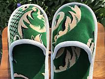 Obuv - Veľké zelené papuče z poťahovky - 11924013_