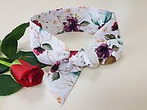 Šatky - Elegantná šatka - červené ruže - 11925111_