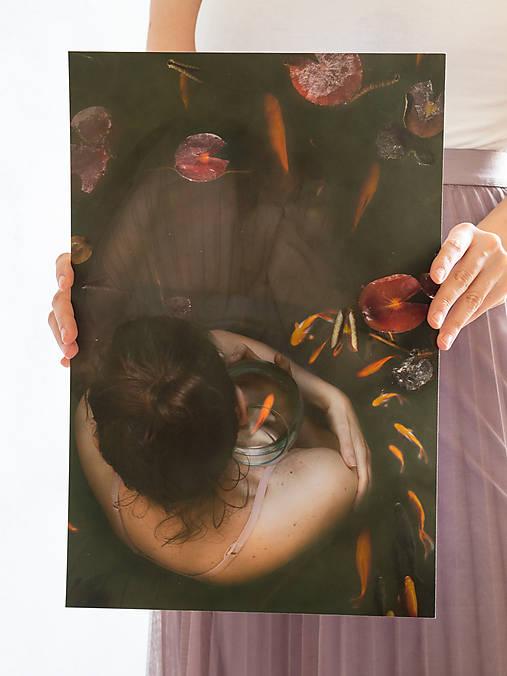 FineArt print Dievča s rybkou 2
