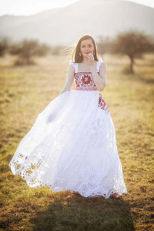 Biele madeirové šaty Poľana