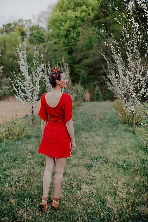 mini červené šaty Poľana