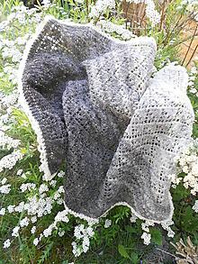 Textil - Pletená detská deka z ručne pradenej vlny - 11928573_