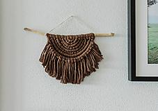 Dekorácie - Macramé dekorácia na stenu (mokka) - 11930923_