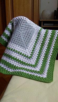 Textil - Zelená háčkovaná deka - 11929088_