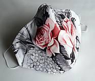 Ochranné rúško dizajnové 3-vrstvové - Nežné ruže