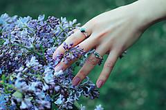 Prstene - Strieborný ligotavý prsteň so serafinitom - Bokeh Serafine - 11935226_
