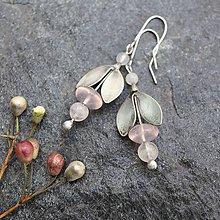 Náušnice - Kvietky na uši - s ruženínom - 11937025_