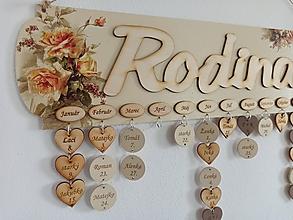 Dekorácie - Kalendár rodina - drevený rodinný kalendár (Kalendár gravírovaný) - 11939970_