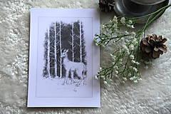 Kresby - Srnka medzi kmeňmi stromov Art Print - 11944687_
