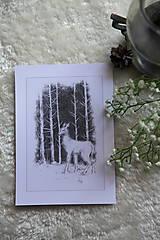 Kresby - Srnka medzi kmeňmi stromov Art Print - 11944692_