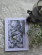 Kresby - Víla na krídlach nočných motýľov Art Print - 11945090_