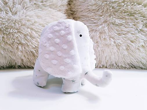 Mäkučký sloník mentolové hviezdičky na bielom