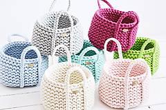 Dekorácie - Ručne pletený košík s rúčkami - ružový - 11948483_