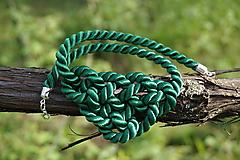 Náhrdelníky - Náhrdelník uzlový zelený - 11949023_