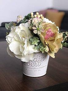 Dekorácie - Kvetinova dekoracia - 11946585_