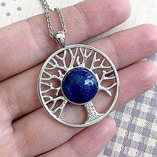 Náhrdelníky - Tree of Life Lapis Lazuli Silver Necklace / Náhrdelník Strom života s lazuritom - 11953474_