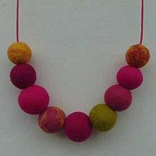 Náhrdelníky - ...plstený náhrdelník... - 11949858_