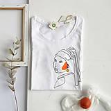Tričká - Dámske tričko Dievča s perlou - 11949792_